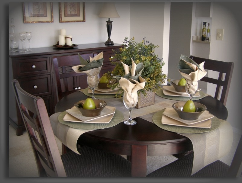 How to Stage a Dining Room That Looks Like Top Dollar